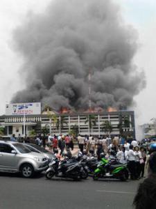 gedung polda jateng kebakaran
