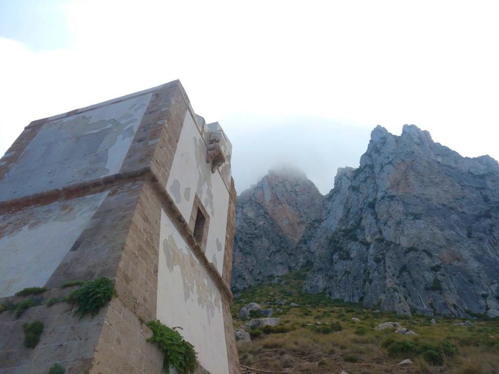 Torre e Monte Cofano