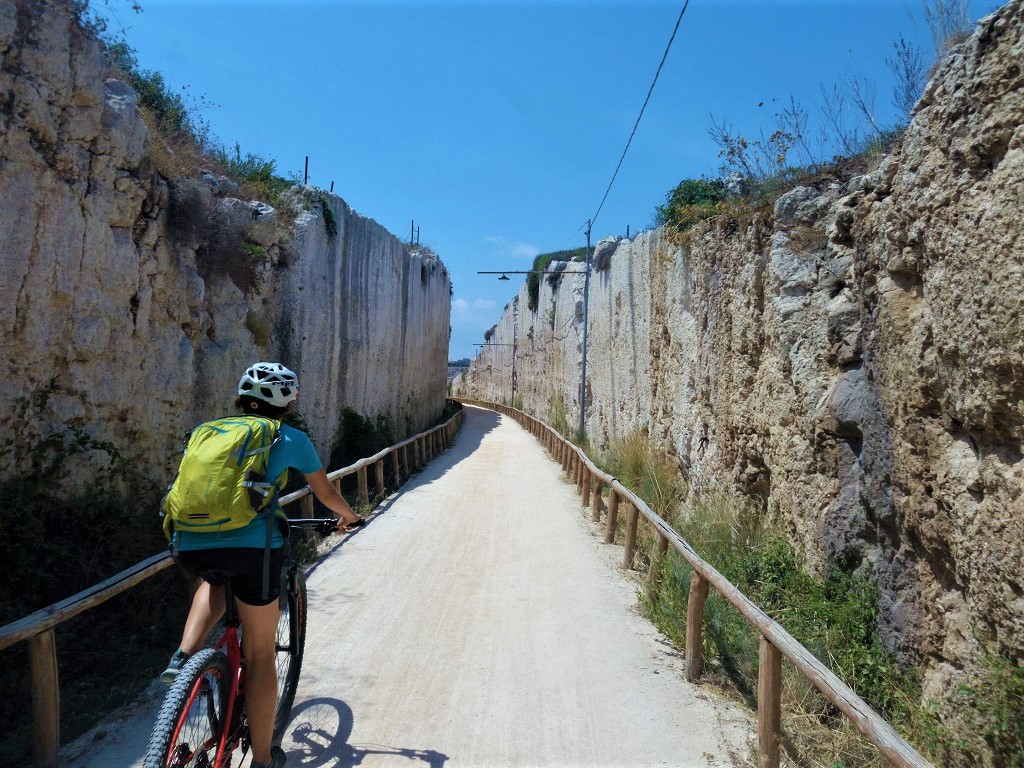 Cyclepath near Siracusa