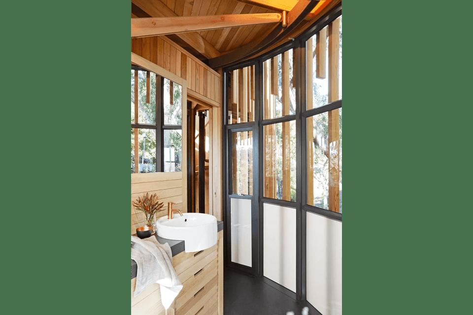 Malan-Vorster-Treehouse-021-Mickey-Hoyle