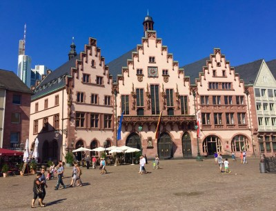 Römerberg, praza principal de Frankfurt.
