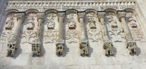Traballos excepcionais nas fachadas de San Demetrio