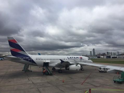 Avións coas novas cores de LATAM