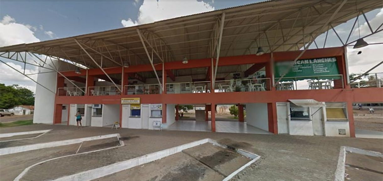 Feto é encontrado em vaso sanitário de rodoviária do Piauí