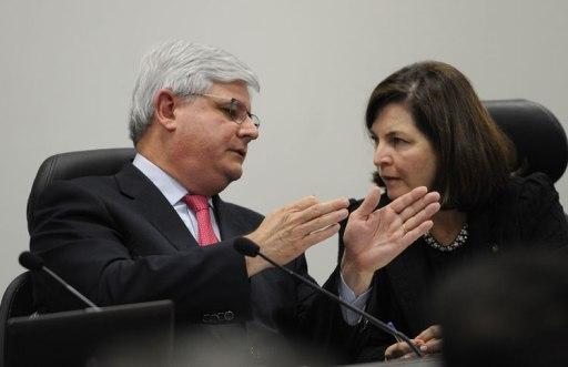 Resultado de imagem para MP aprova aumento de 16% no salário de procuradores; impacto é de R$ 116 milhões
