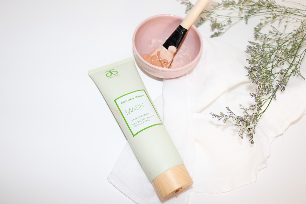 Arbonne Mask In use