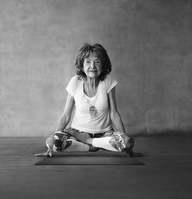 Como o Yoga alegrou sua vida por mais de 100 anos