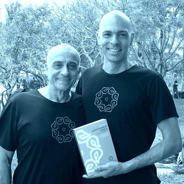 Lino e Vitor para Site - Yoga, Meditação e Terapia