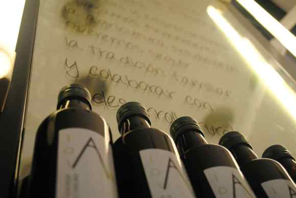 espejos y botellas