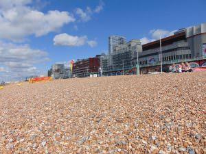 i więcej plaży!