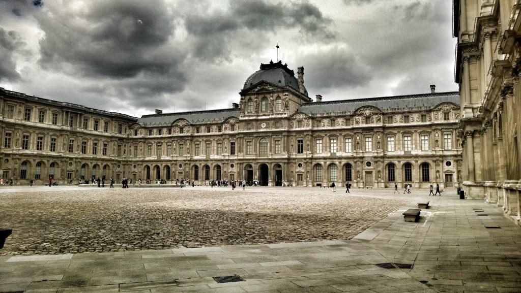 Le Grande Louvre