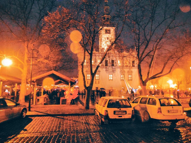 Miasto Zakochanych wieczorową porą