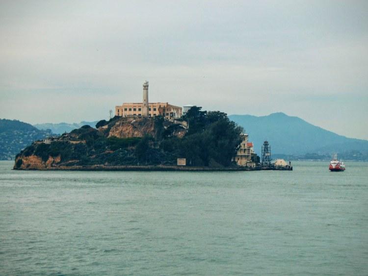 Alcatraz! Zbliżamy się!