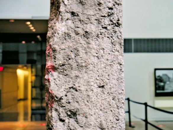 """""""The Wall"""", czyli fragment Muru Berlińskiego. Jedyny poza granicami Europy.."""