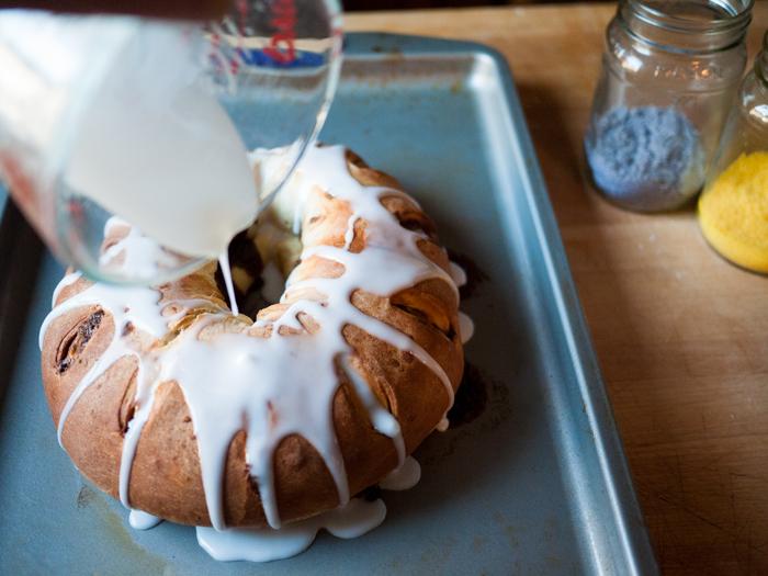 Baking-A-King-Cake-8