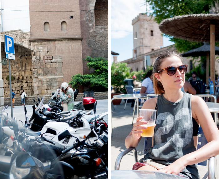 Drinking-Beer-Montjuic-Mountain-Romance-Mopeds-Barcelona-Spain