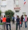 Remise de la pétition par GB pour le Cifsom au maire de Saint Ouen les Vignes.