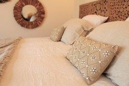 le mas des cigales chambre d 39 h tes en alpilles et provence. Black Bedroom Furniture Sets. Home Design Ideas