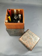 marbled-vertical-nine-pen-box-open-with-pens