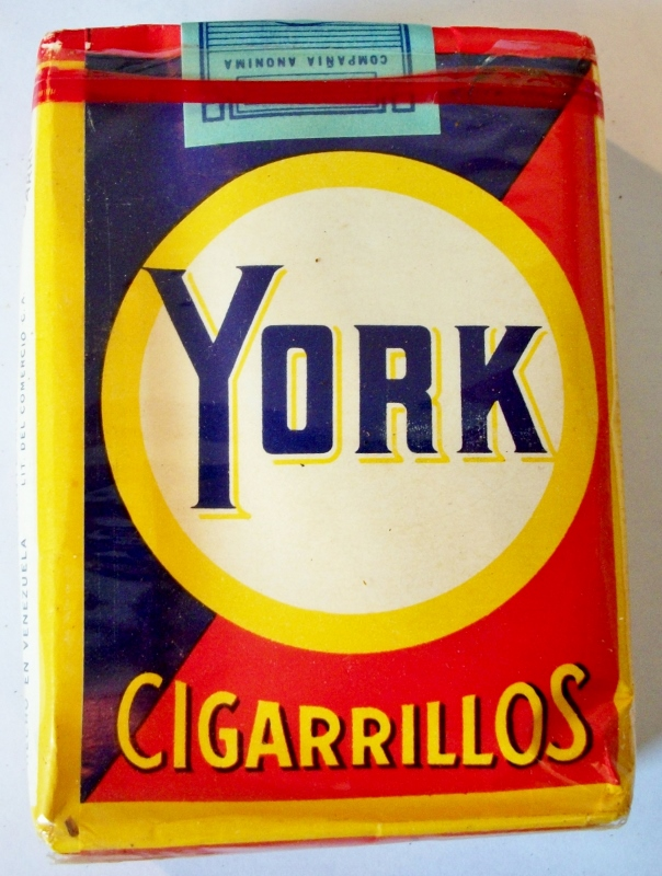 York Cigarrillos 70mm - vintage Venezuelan Cigarette Pack