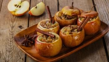 А що ви знаєте про користь печених яблук? Рецепти вітамінних бомб