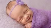 Перші посмішки новонароджених важливо зберегти назавжди — солодше них немає нічого на світі