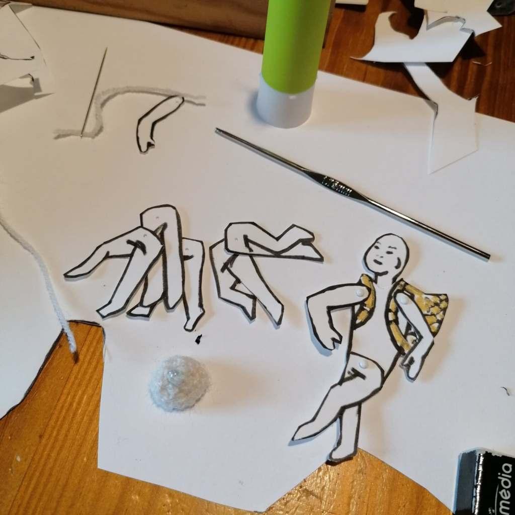 découpe du pantin pour le dessin animé made in cilfil par mes soins .