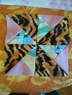 http://www.quilt-lovers-guide.com/double-pinwheel-quilt-block.html