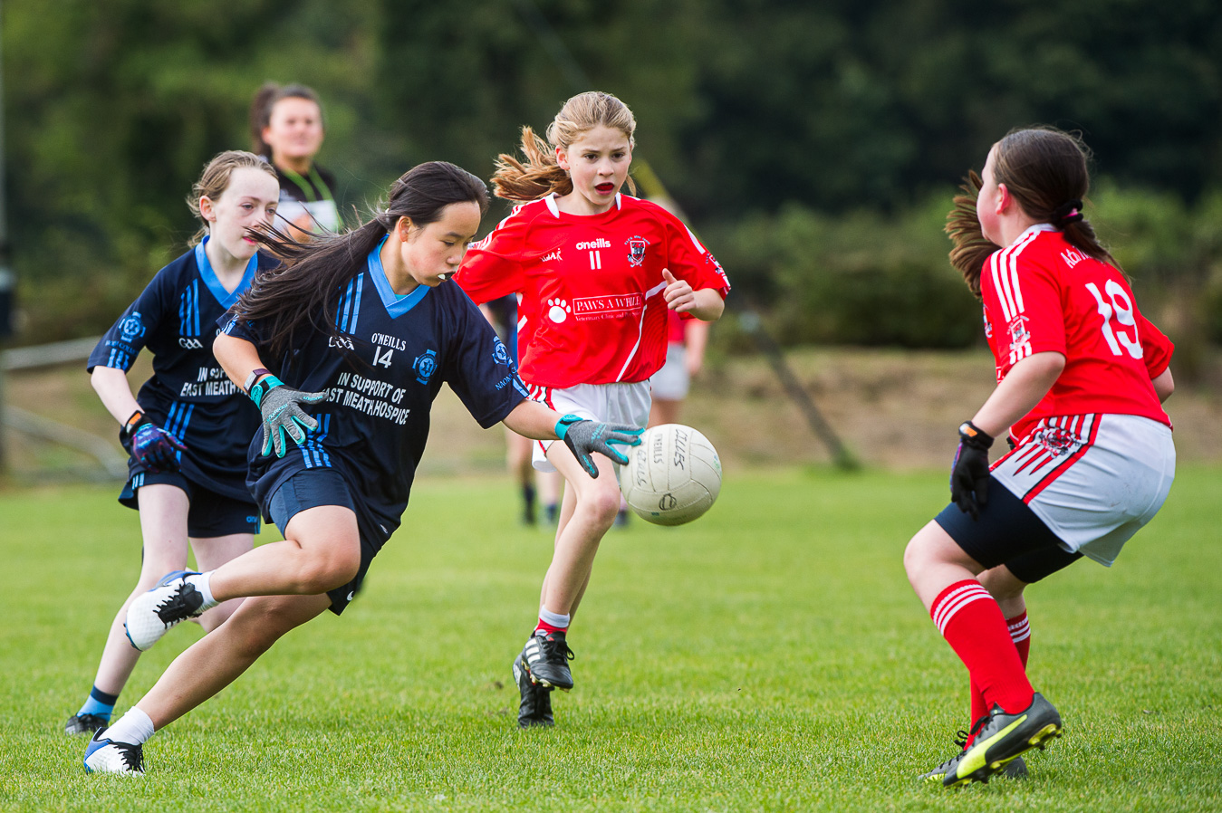 Cilles U12 Ladies Charge Into First Final
