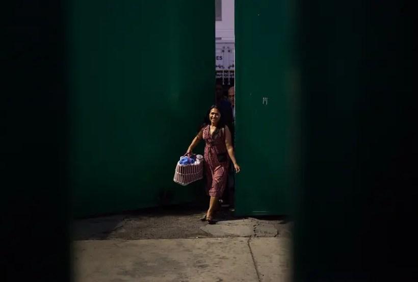 Ordenan liberación de Dominga González, presa por defender el agua en Tlanixco