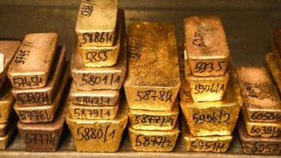 回报率下降+美元走弱,黄金收高,白银上涨近2%| 阿努埃·朱亨(Anue Juheng)