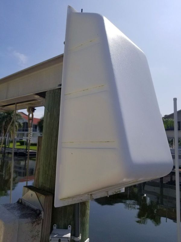 How to Keep Birds out of Boat Lift Motor Cover? - The Hull ...