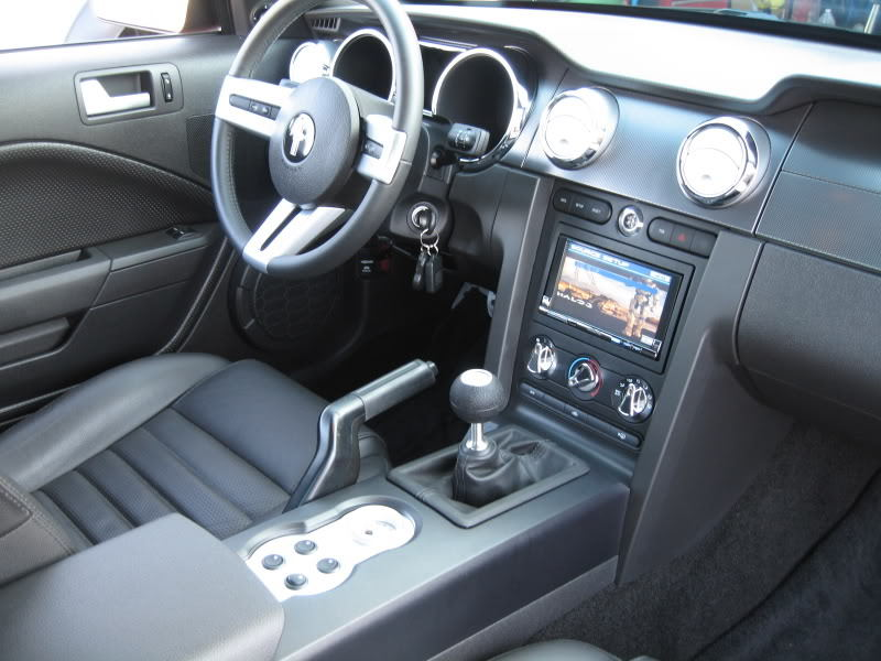 Ford Mustang GT 2005-2014 How To Replace Stereo