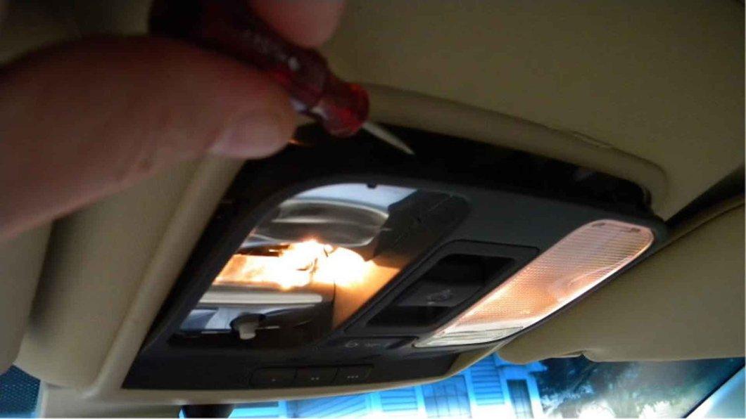 Acura Why Won T My Interior Lights Turn On Off Acurazine 2004 Tl Fuse Box