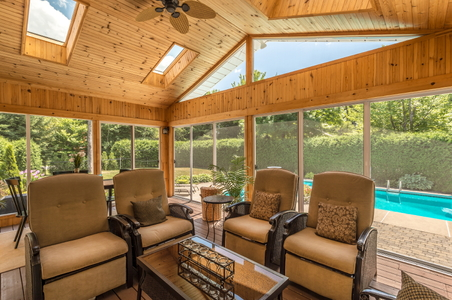 3 Best Flooring Options For Screened Porches