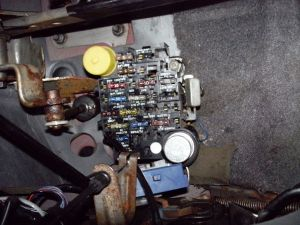 where can i get a new fuse box 4 my 89 anche ?  Jeep Cherokee Forum
