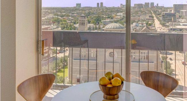 Houston House Apartments 156 Reviews