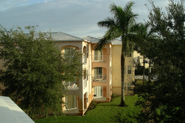 Resident Photo Of Bermuda Island Apartments In Naples Fl