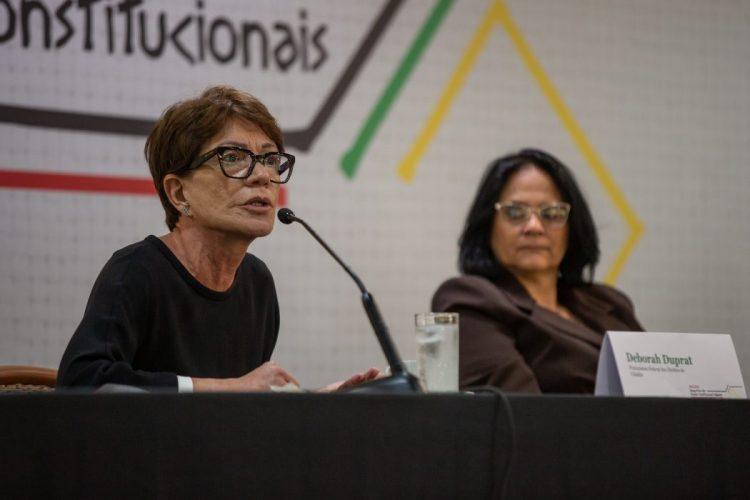 A Subprocuradora-Geral da República, Ela Wiecko fez uma série de denúncias e questionamentos durante sua fala no evento. Foto: Tiago Miotto/Cimi