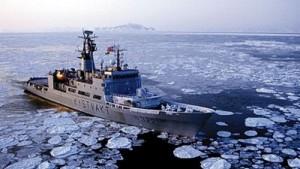 A Norwegian Coast Guard vessel patrols the Arctic.
