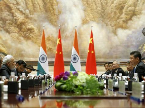 Narendra Modi and Chinese President Xi Jinping hold a meeting in Xian, Shaanxi province in May 2015.