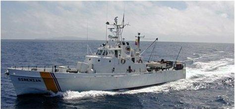 The Sea Shepherd-donated vessel Sirenian (now Yoshka) on patrol in the Galapagos Marine Reserve. Credit: Sea Shepherd Conservation Society