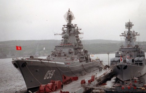 Figure 3: the Kirov class cruiser that used to be called the Kirov, but in 1992 when this photo was taken had its name changed to Ushakov, alongside a Slava class cruiser which had also been renamed from the Admiral Flota Lobov to Marshal Ustinov. Source: CWO2 Tony Alleyne via Wikimedia Commons.42