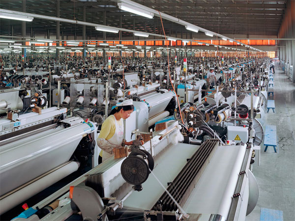 Burtynsky_Manufacturing_China005