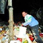 Un bambino trova una borsa con 9,5 milioni di Yuan e la brucia …