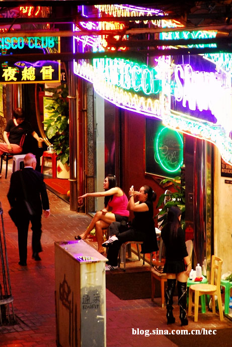 hong-kong-red-light-district-04