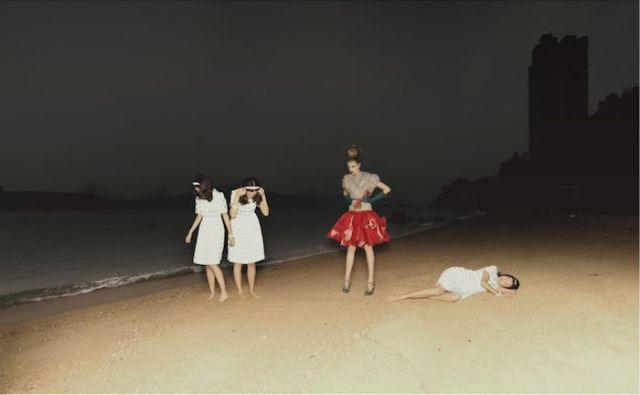 037HongKong-moment