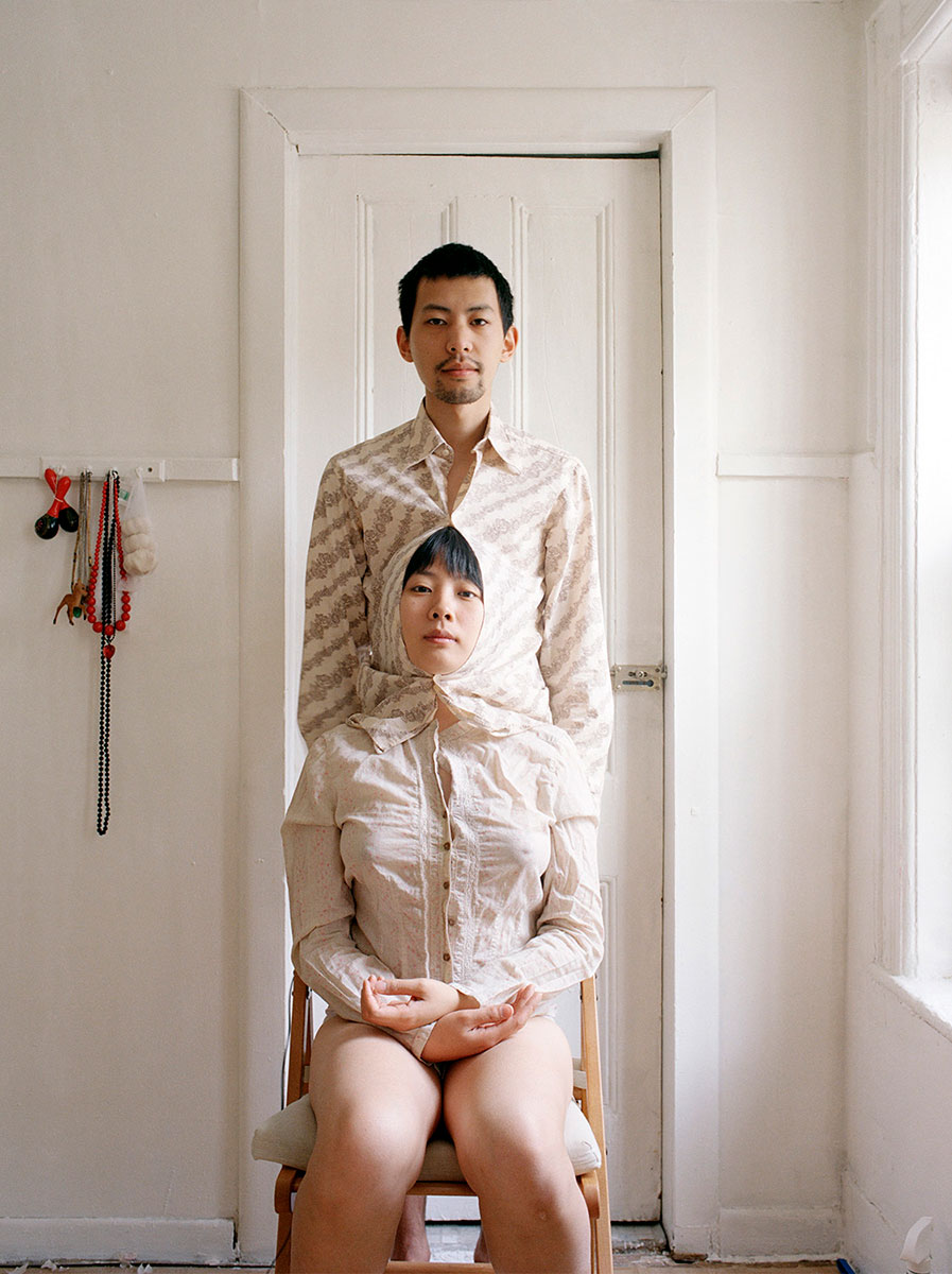 Try to live like a pair of Siamese twins II (2009), © Pixy Liao