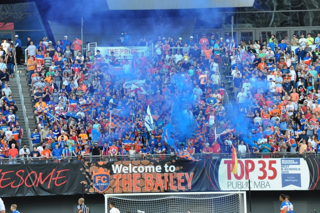 The Supporter's Groups light off smoke at kickoff.