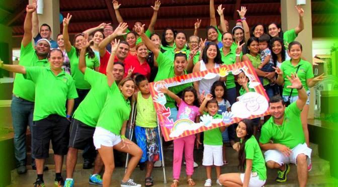 LA CAUSA DEL MES DE NOVIEMBRE: @LLEVANDOSONRISAS A LOS NIÑOS MÁS NECESITADOS DE PANAMÁ
